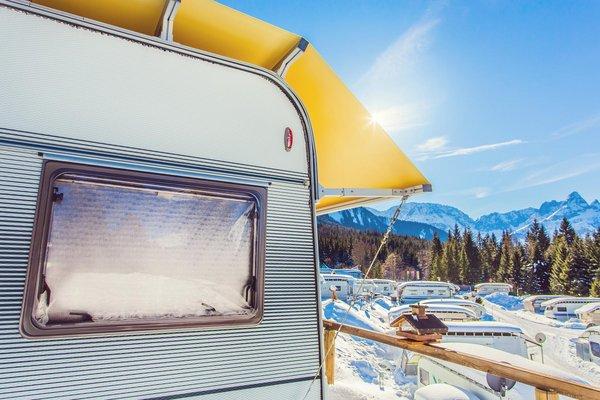 Campingwagen im Winter